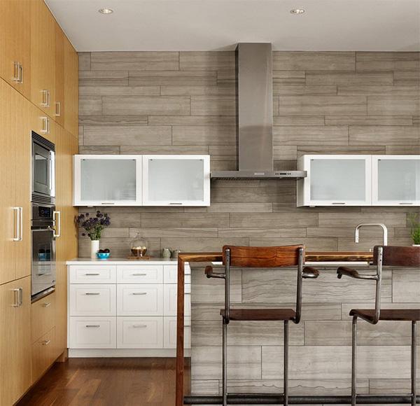 Pannello a parete laminato per cucina: caratteristiche della soluzione