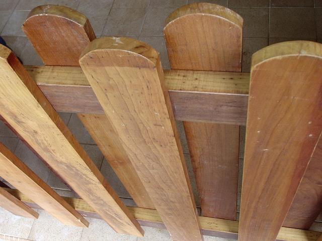 Assi Di Legno Hd : Tipi di siepi intorno alla casa recinzioni in legno e recinzioni