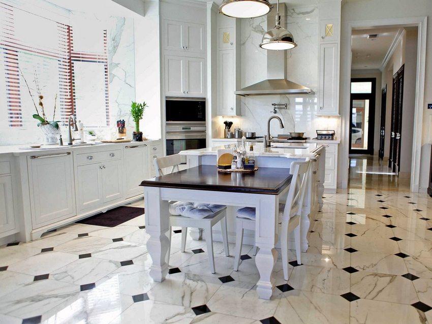 Scegliamo le piastrelle del pavimento per il corridoio: a cosa devi