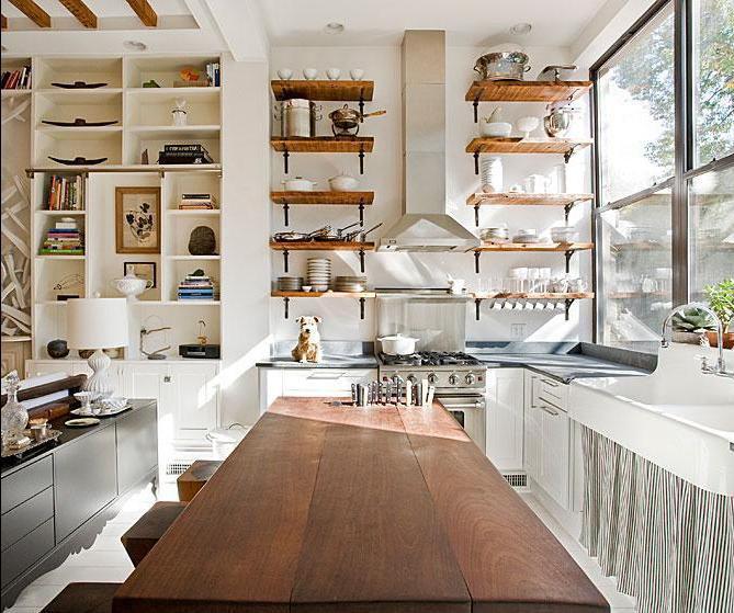 Küchendesign mit einem Steinofen. Wählen eines Designs für einen ...